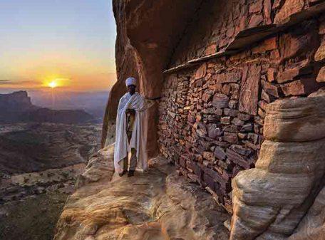ETIOPÍA IGLESIA MONTAÑA