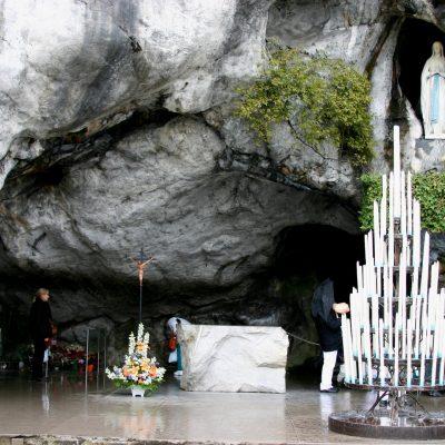 santuarios marianos LOURDES VIRGEN